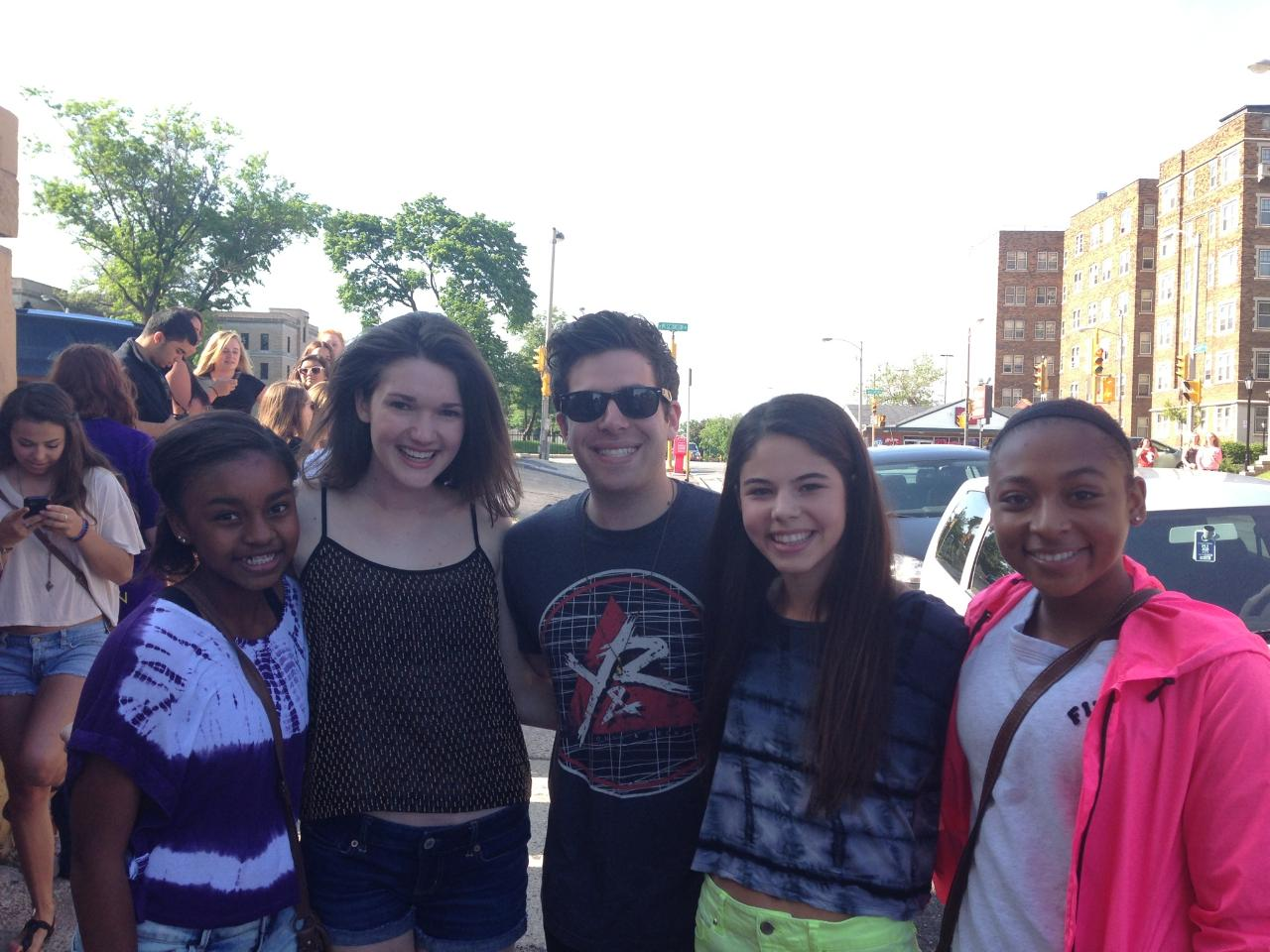 Hoodie allen lauren in lilly elise me hoodie ellie and morgan when we met him for the first time outside m4hsunfo